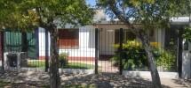 Chalet con departamento en Venta en Los Polvorines. Barrio Textil.